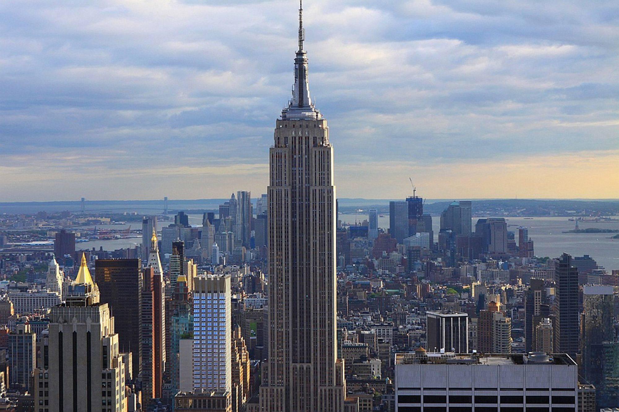 new york city street yellow cab