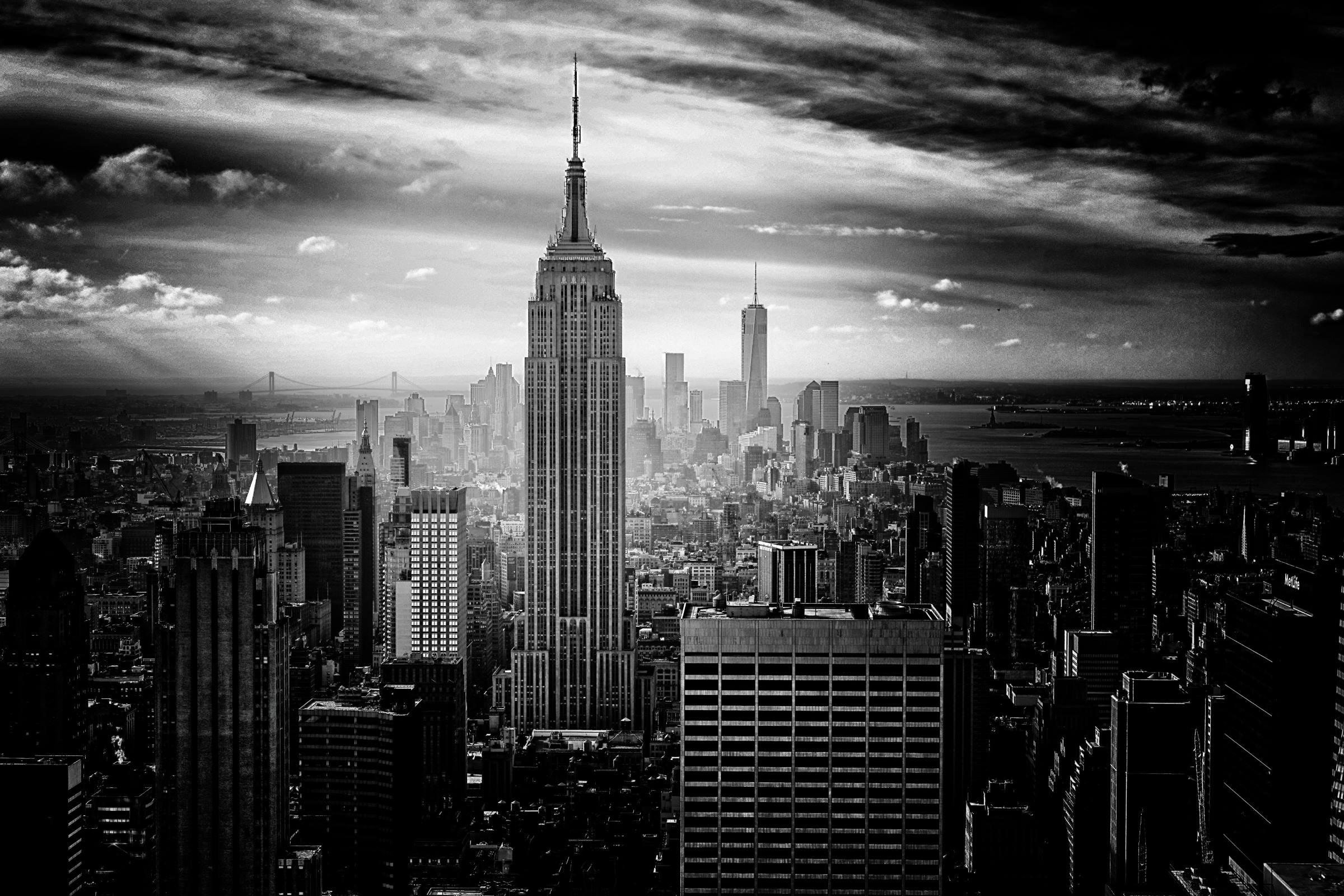 new york empire state building skyline