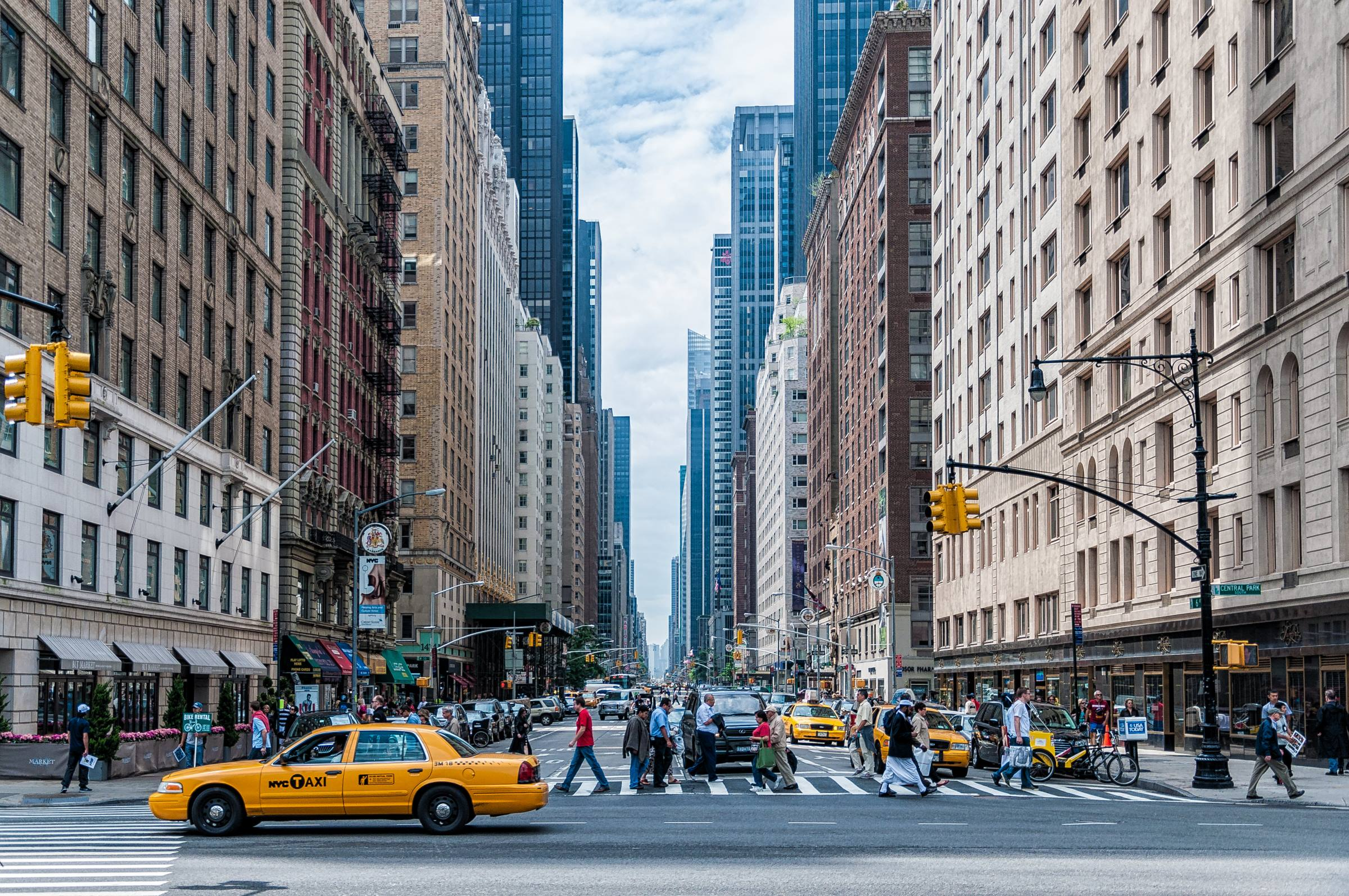 new york manhattan city street yellow cabs