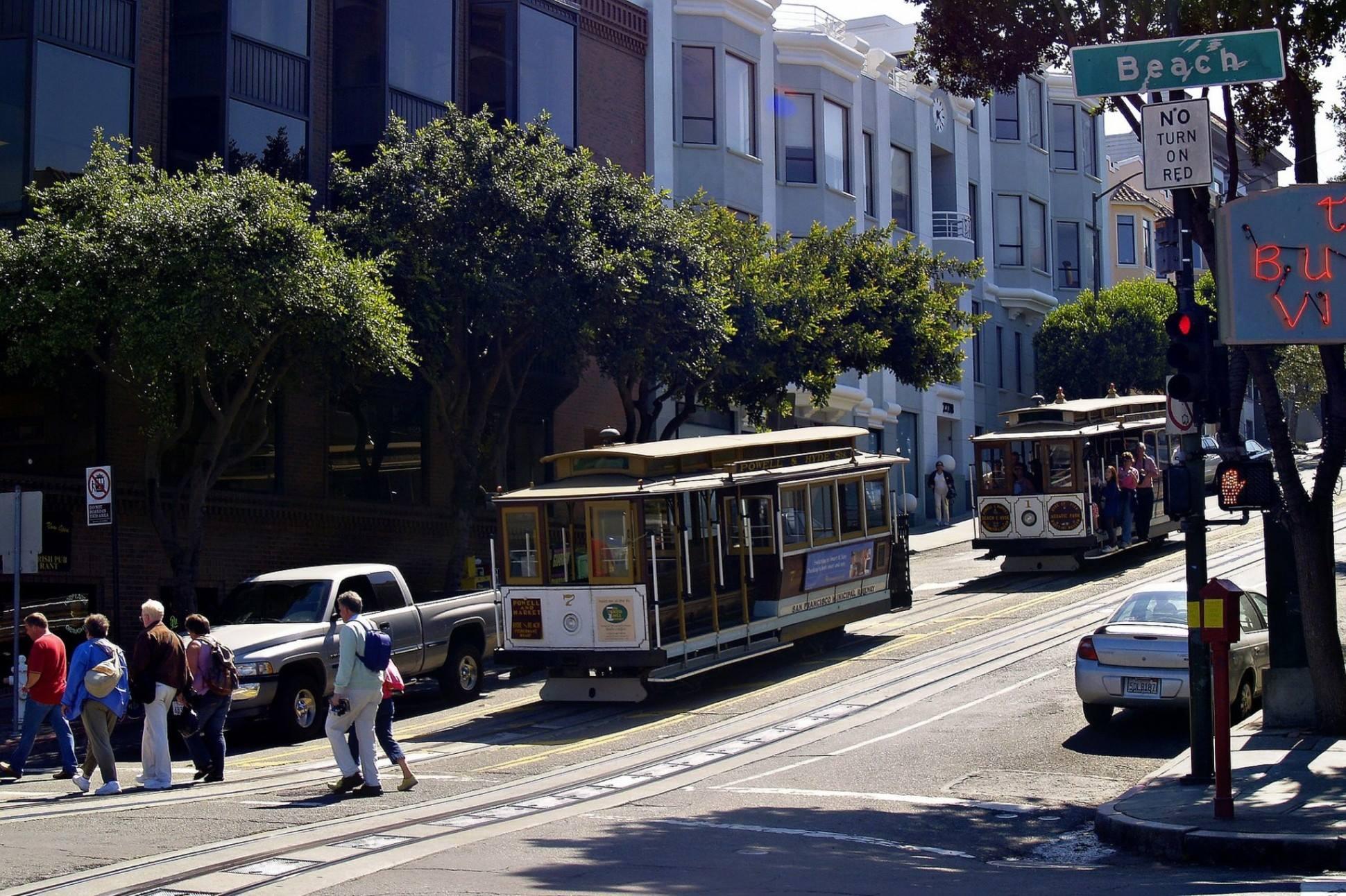 san francisco california cable cars street