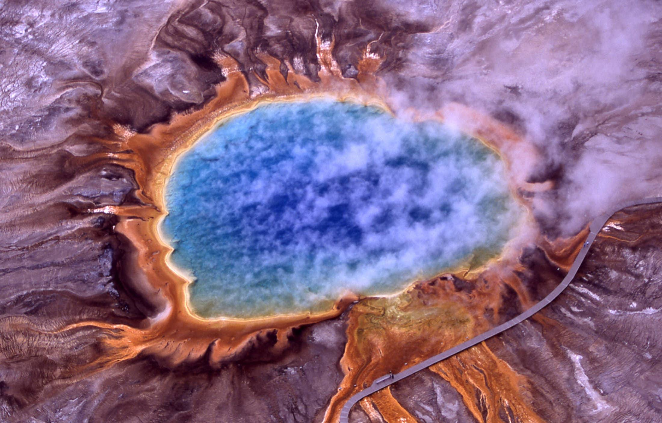 yellowstone national park aerial grand prismatic spring