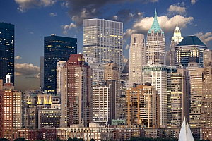 new york skyline manhattan river cityscape