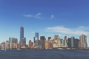 new york manhattan skyline cityscape river