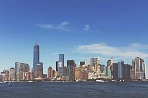 new york manhattan skyline cityscape river