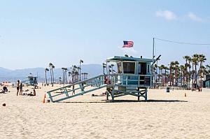 los angeles california lifeguard tower beach